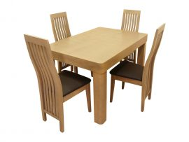 Jasne komplet cztery krzesła i stół